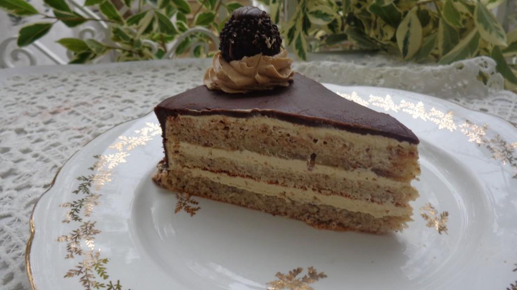 Gâteau noisette chocolat au ferréro rocher10