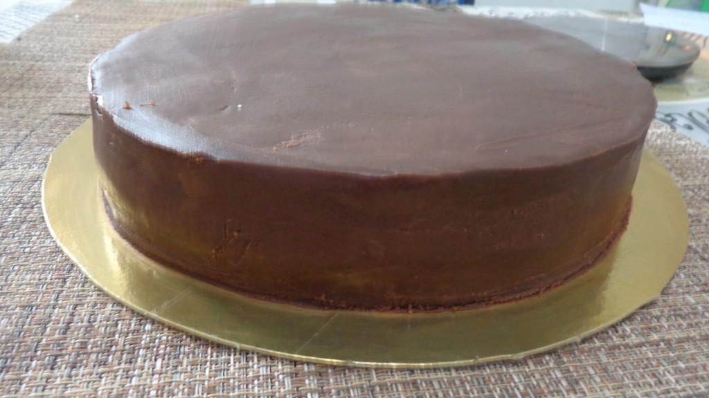 Gâteau noisette chocolat au ferréro rocher9