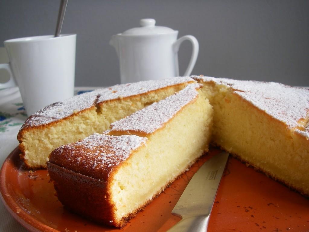 Gâteau au noix de coco râpé, chocolat blanc et ricotta