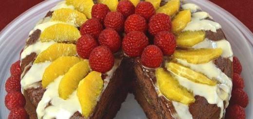 Gâteau yaourt au chocolat et fruits