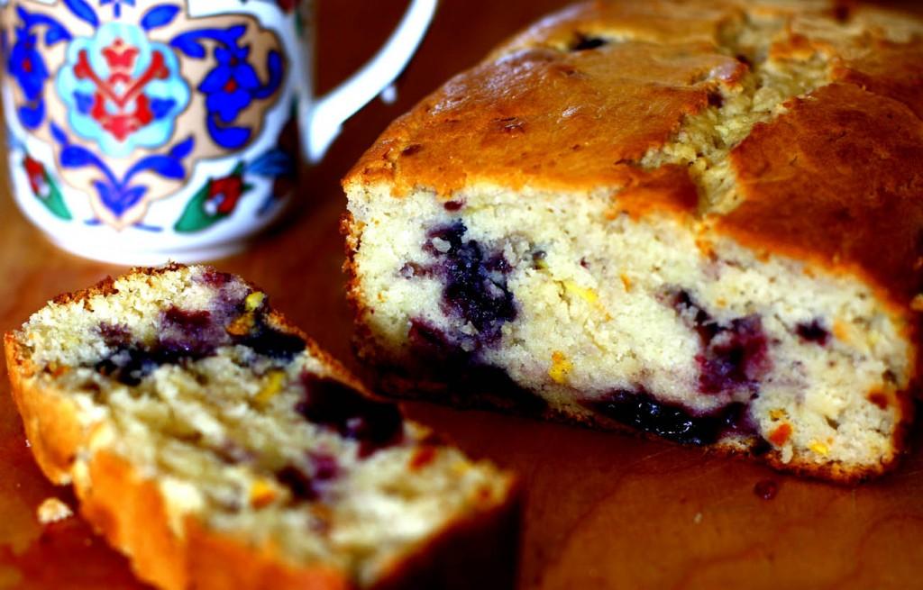 Gâteau yaourt aux fruits des bois1