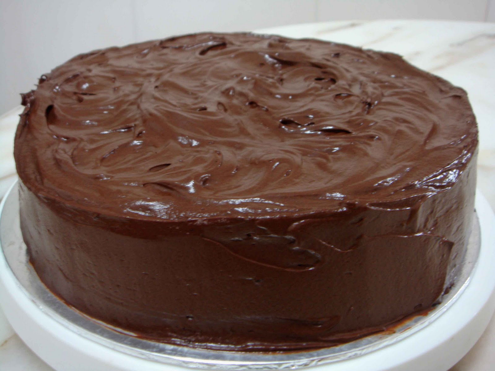 Chocolate Cake With Melted Chocolate In The Middle