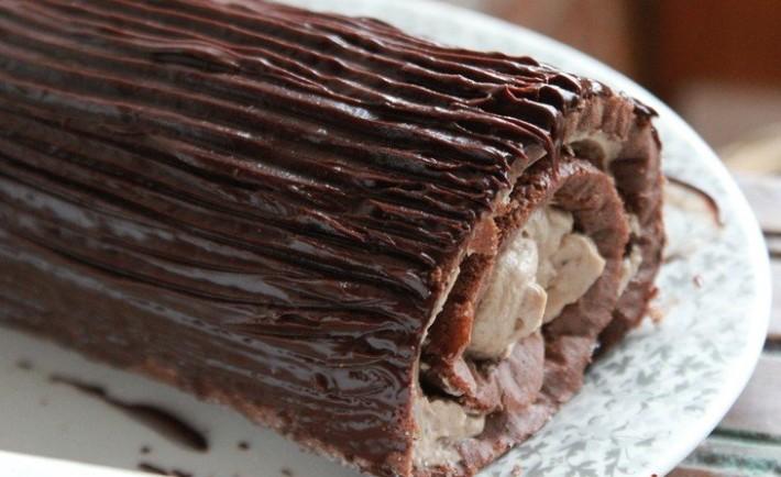 Bûche de Noël chocolat et crème aux marrons2