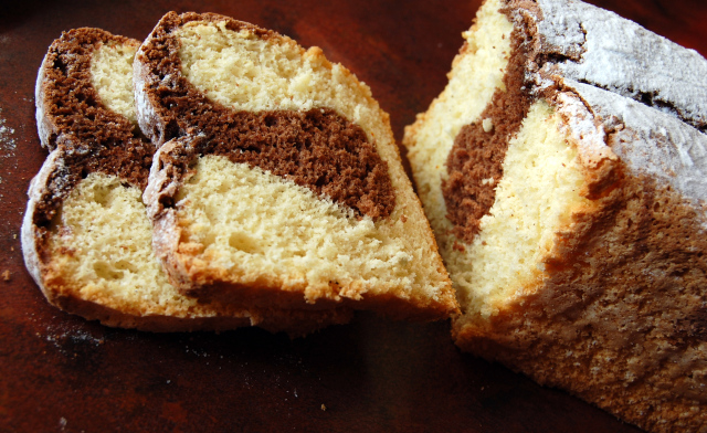 Cake marbré chocolat vanille1