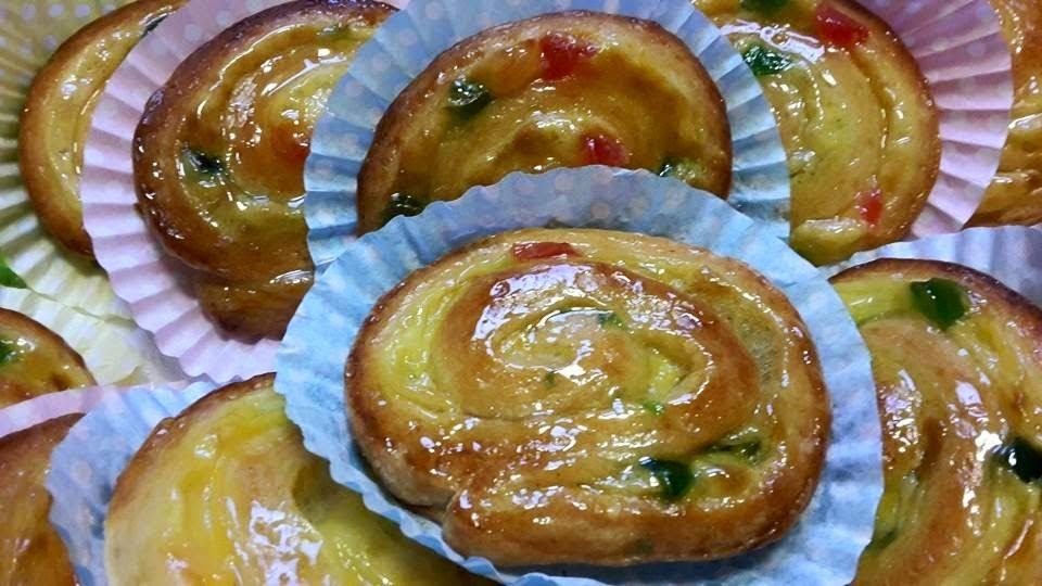 Escargots à la crème pâtissière et aux fruits confits1