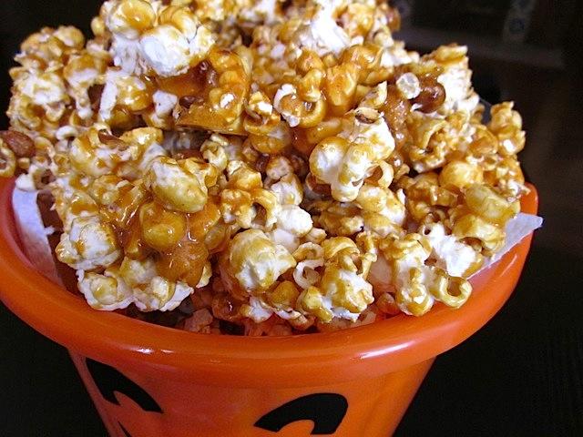 Popcorn au caramel beurre salé2