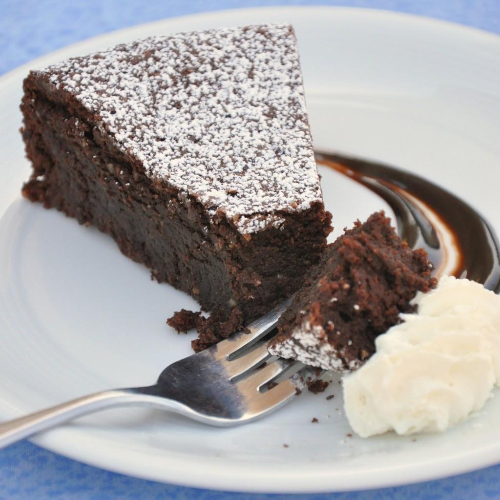 Torta caprese (gâteau au chocolat et aux amandes)2