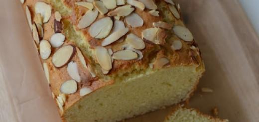 Cake aux amandes et yaourt3