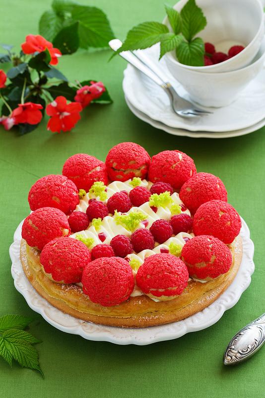 Gâteau Saint Honoré aux framboises1