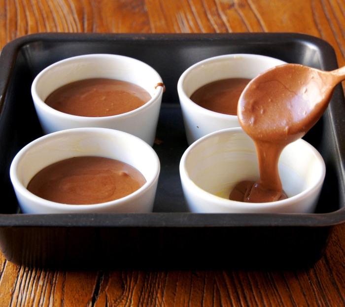 Mousse au chocolat cuite au caramel beurre sal g teaux d lices - Mousse dans les urines ...