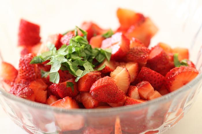 Éclairs chantilly aux fraises3