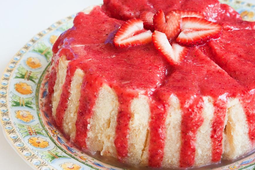 charlotte-aux-fraises-et-a-la-creme-anglaise-mousseuse1
