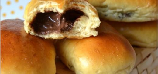 pain-au-lait-garni-de-chocolat1