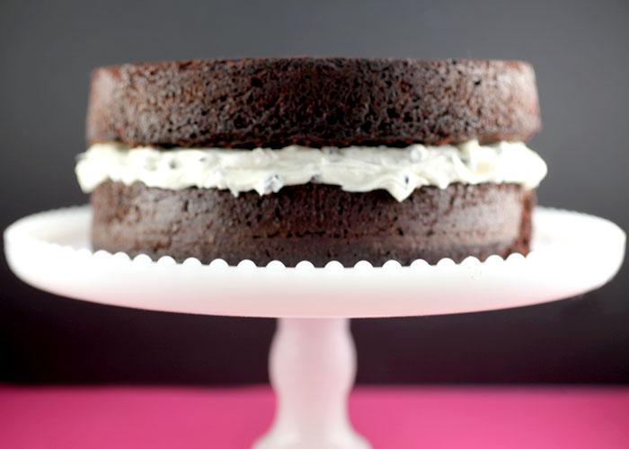 Gateau Au Chocolat Et Creme A La Vanille Gateaux Delices