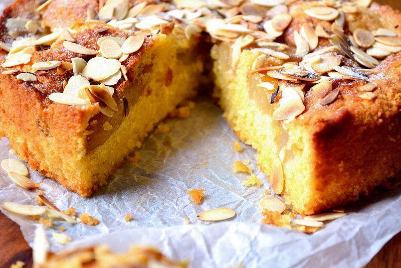 gateau-aux-poires-et-amandes1
