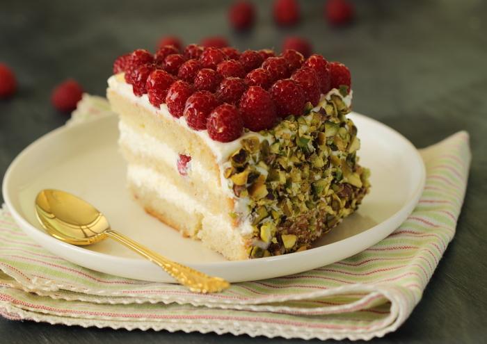 Gâteau aux framboises et pistache9