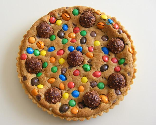 La tarte cookies aux pépites de chocolat et M&Ms6