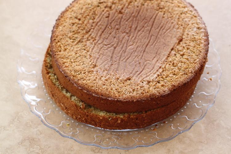 Gâteau chocolat blanc, fraises et pistaches6