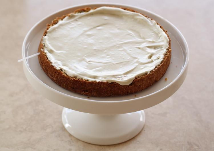 Gâteau chocolat blanc, fraises et pistaches7