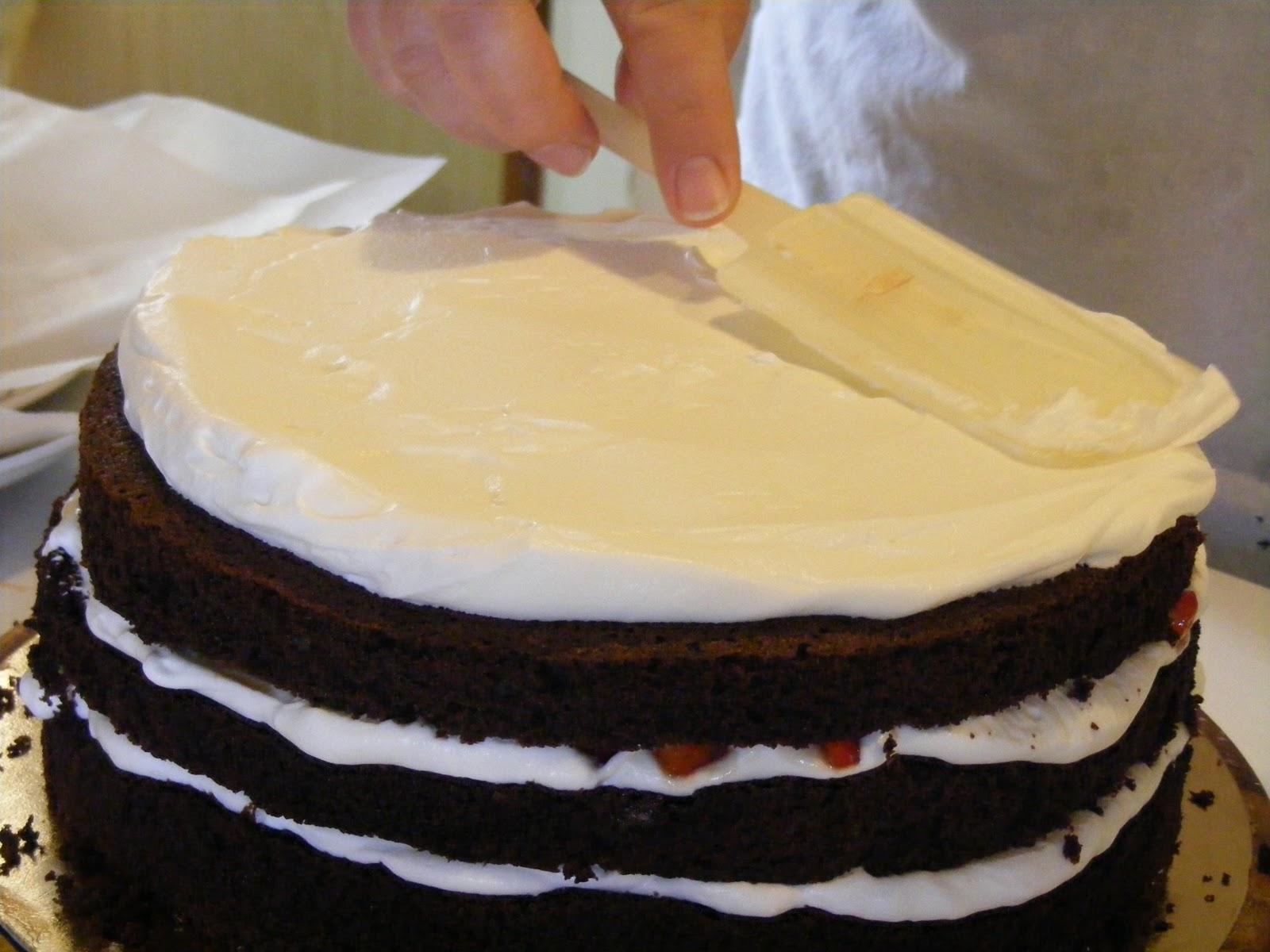 Layer cake fraises chocolat et chantilly au mascarpone3