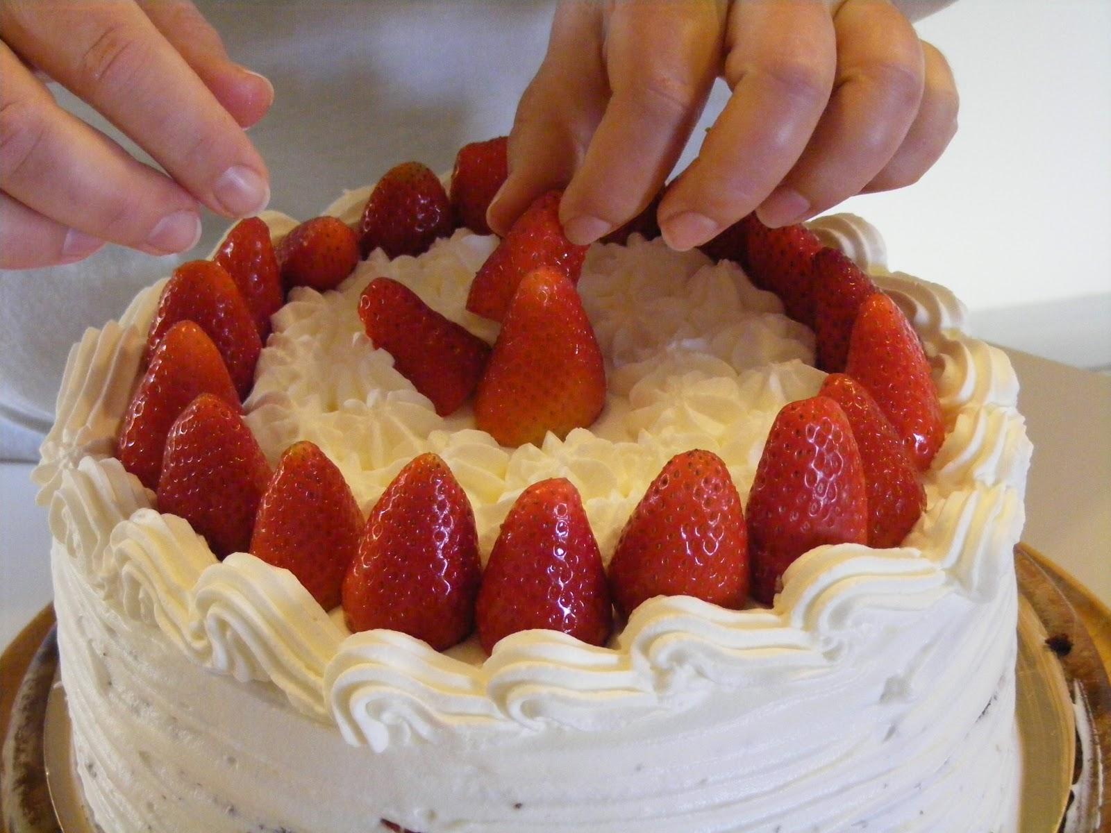 Layer cake fraises chocolat et chantilly au mascarpone4
