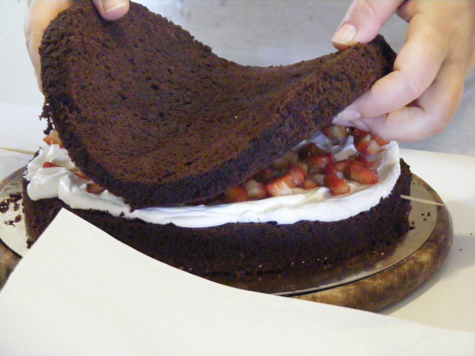 Layer cake fraises chocolat et chantilly au mascarpone7