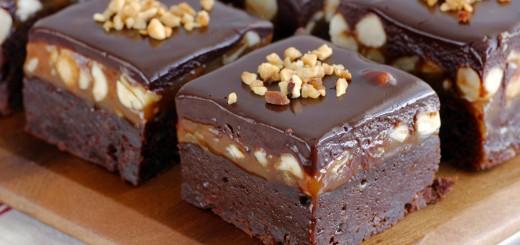 Brownie aux noisettes et caramel beurre salé1