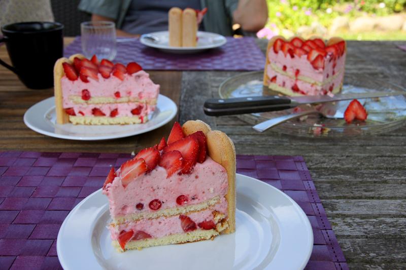 Charlotte aux fraises3