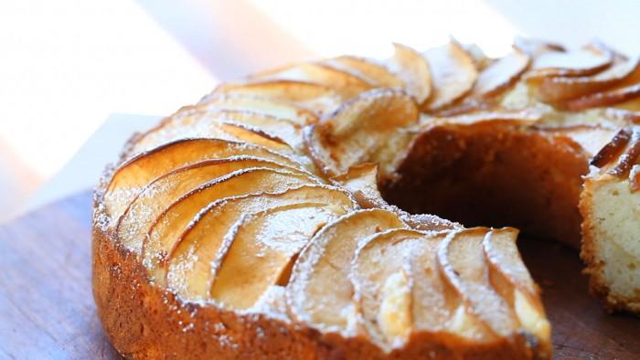 Gâteau aux pommes à l'ancienne3